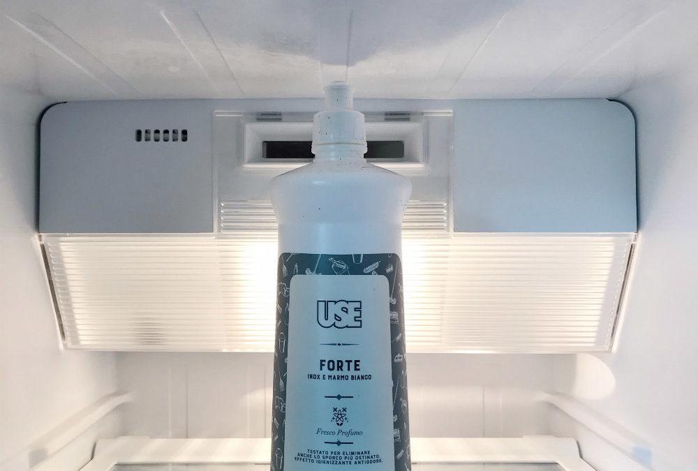 Come pulire il frigorifero perfettamente con un unico prodotto