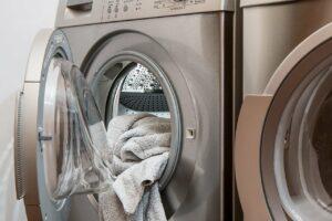 come si fa la lavatrice